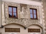 """Toto privilegium se stalo důležitým argumentem v pozdějších sporech města s městy okolními. Největším konkurentem byly již ve 14. století Kašperské Hory, jejichž obyvatelé začali r. 1366 budovat tzv. """"Zlatou cestu"""" přes Aussergefield (Kvildu) do Pasova."""
