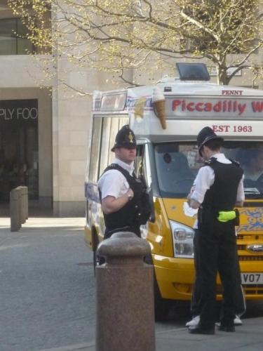 Angličtí strážníci