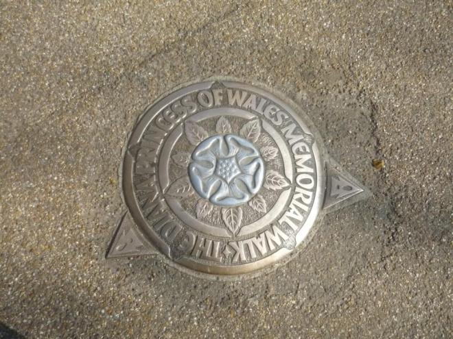 Pamětní desky na Lady Dianu v St. James parku