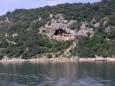 V téhle jeskyni se točil Vinnetou a Old Shaterhand, konkrétně Poklad na stříbrném jezeře, myslím.