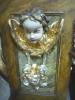 Andělíček pod oltářem