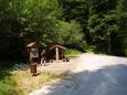 Další zastávka je u přírodní rezervace Karvanice, nedaleko je i nejvyšší vrch polesí Velký Kameník s 575m.