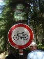 Tudy kola nesmějí!