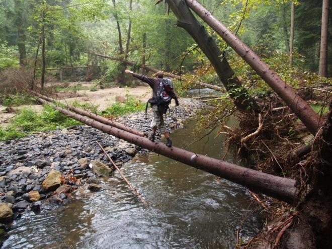 Přechod přes řeku