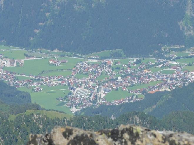 Mayrhofen z výšky o 2300 větší.