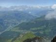 Údolí Zillertal se zdá ploché, ale zdání klame, vrcholky naproti mohou být jen o několik set metrů nižší.