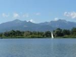 Jachta a poslední výčnělky Alp
