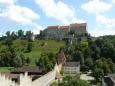 Jižní část, ze které je poznat hrad nejvíc (ano, taky jsem si pro tuto fotku vylezl na zídku :) ).