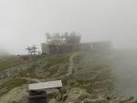 Chata pod vrcholem na Chopoku.