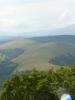 Pohled z Kozího Chrbátu na cestu po loukách, jeden z posledních úseků našeho putování.