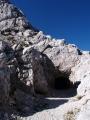 Nahoře je tunel, který jsme bez čelovek nemohli prozkoumat