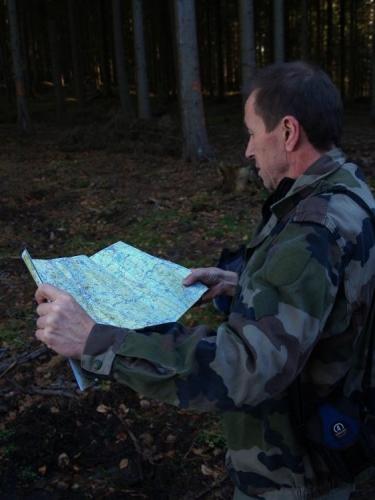 Tady už končí veškerá sranda a začíná naše tápání v horském terénu s mapou a busolou v ruce.