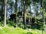 Při cestě míjíme rezervaci Svatý Tomáš s výraznými skalami.