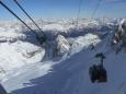 Z horní stanice lanovky na Marmoládě, kam jsme podruhé vyjeli. Ty tečky dole jsou lyžaři.