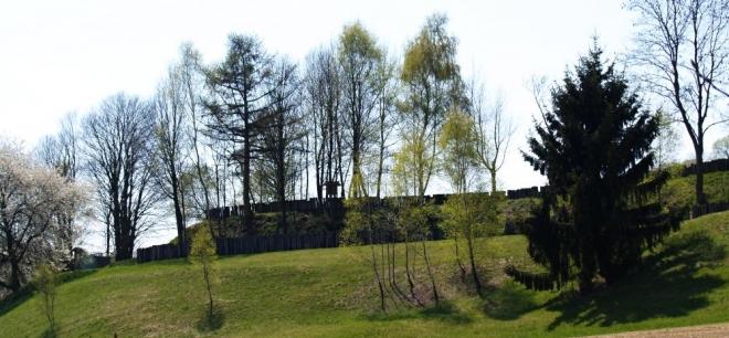 Tady bylo i Švédské ležení, ovšem za třicetileté války (1618-1648), tzv. Švédské šance.