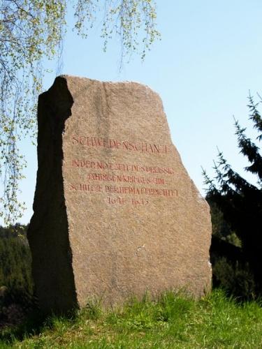 Kámen zde zvěstuje cosi o třicetileté válce.