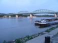Most Marie Valérie má zajímavou historii. Byl postaven roku 1895, ale za druhé světové války v roce 1944 ho zničila ustupující německá armáda. Přes 50 let zajišťoval dopravu mezi Štúrovem a Ostřihomí především přívoz, až na začátku 3. tisíciletí se obě města dočkala nového mostu.