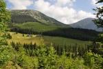 Studniční hora a Sněžka přes Modrý důl, kudy jdeme k Obřímu dolu.