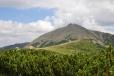 A pohled zpět k nejvyšší české hoře.