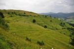 Výhled ještě na NP Pieniny, pod námi je ves Veĺký Lipník.