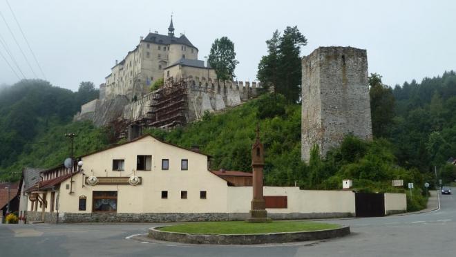 Hrad v Českém Šternberku (Tom)