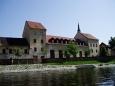 Pohled z vody na nábřeží Vnitřního města.