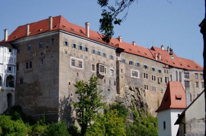 V Krumlovském zámku, přiznám se bez mučení, jsem nikdy nebyl. Ale chci to brzo napravit.