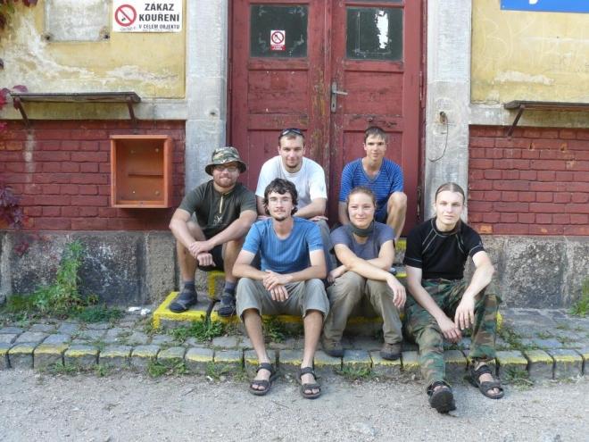 Groupenfoto po použití na nádraží v Mníšku