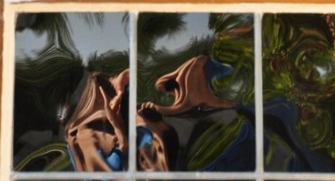 Autoportrét v odrazu okna jsem objevil až dodatečně, při prohlížení fotek v PC. Ořez lze nazvat jedině: Proměna ve vetřelce.