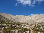 kopeček uprostřed je vrchol Kastra