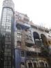 Hunderwasserhaus z boční strany
