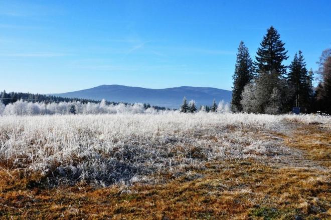 Rovina, ranní pohled k Polomu a Ždánidlům.