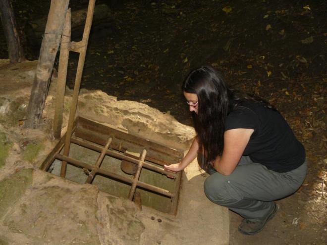 Vstup do nedávno objevené a momentálně zkoumané jeskyně Arniky.