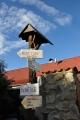 Svinětice, Kudy tudy do Bavorova nejdeme a možná proto zabloudíme hned za vesnicí.