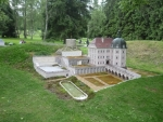 Miniatura hradu a zámku v Bečově nad Teplou