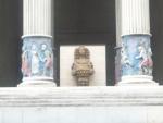 Pohled do útrob chrámu (část sochy Artemis)