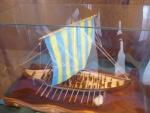 Další replika lodě