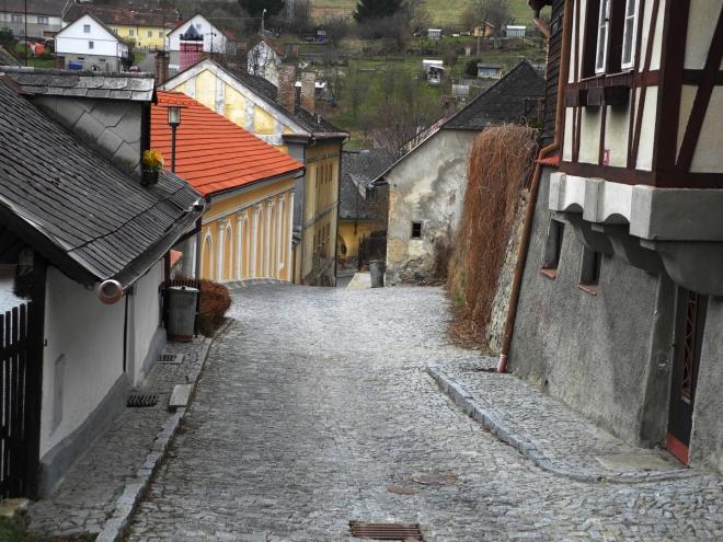 Sestup do Pivovarské ulice.