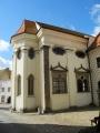 Kostel sv. Máří Magdaleny je zřejmě nejstarším kosteeml v Jindřichově Hradci. Založený byl Jindřichem I., který udělil patronátní právo k jeho postavení řádu Německých rytířů. Od Jindřichova syna Vítka bylo toto právo potvrzené v roce 1255. Protože kostel nebyl velký a tak býval často nazýván kaplí. Řád zde zároveň vystavěl špitál pro 12 osob. Roku 1594 byl kostel připojen k jezuitské koleji