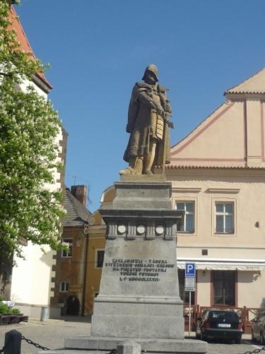 Socha Jana Žižky z Trocnova