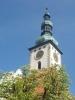 Věž táborského kostela na Žižkovo náměstí