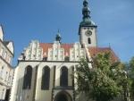 Jiný pohled na zdejší kostel