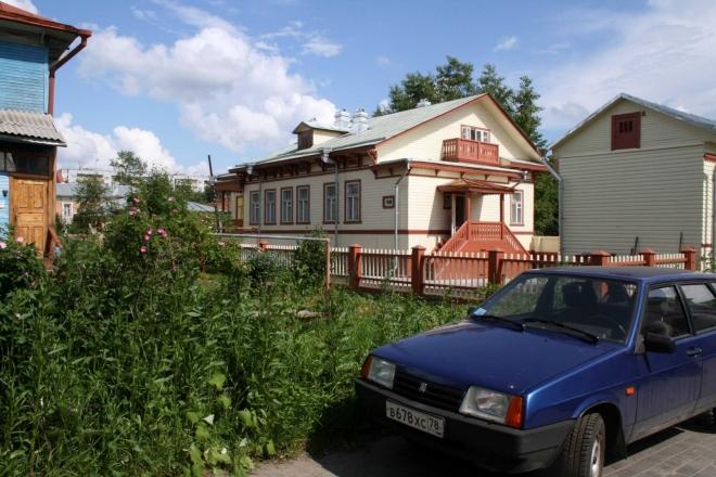Opravené dřevěné domy vypadají opravdu nádherně
