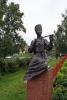 Vologda - Socha Múzy u památníku K. Baťuškova