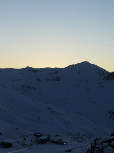 Krásný západ slunce ve Val Thorens