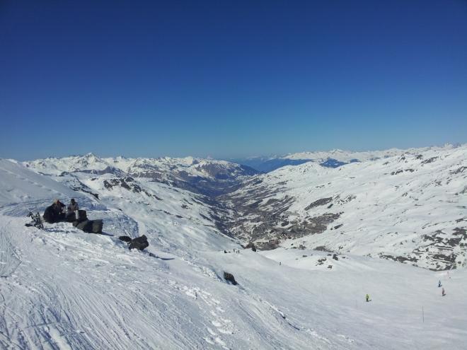 Pohled do údolí Val Thorens a Les Menuires