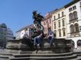 Snímeček u Herkulovy kašny (2007, Šárka Čížková)