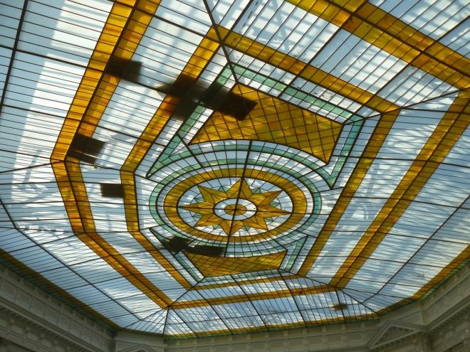 Skleněný strop nad auditoriem