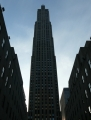Mrakodrap Rockefeller Center už vidíme za stmívání