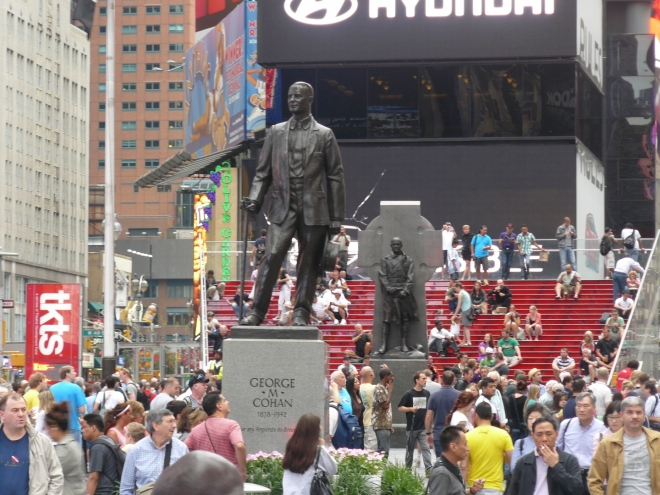 Sochy na Times Square
